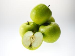apple-943751_960_720